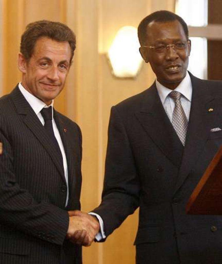 De Tsjadische leider Idriss Déby samen met Nicolas Sarkozy.