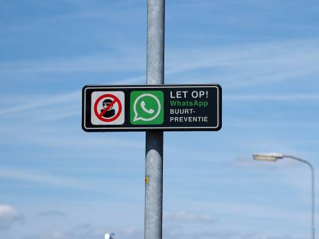 Whatsapp-bordjes in polder gestolen