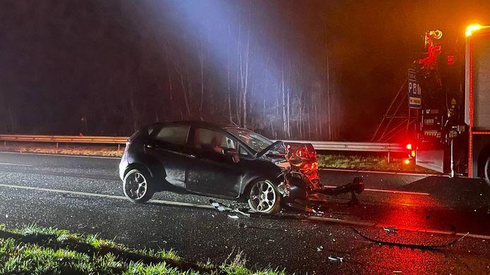 Een van de voertuigen liep aanzienlijke schade op.