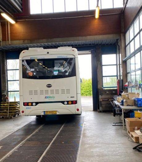 Laatste elektrische bus verlaat 'verbeterstraat' Keolis: alle 246 zijn nu nagekeken