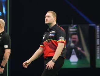 'Mighty Mike' doet z'n bijnaam eer aan: Van Gerwen is maatje te groot voor Dimitri Van den Bergh in Premier League darts
