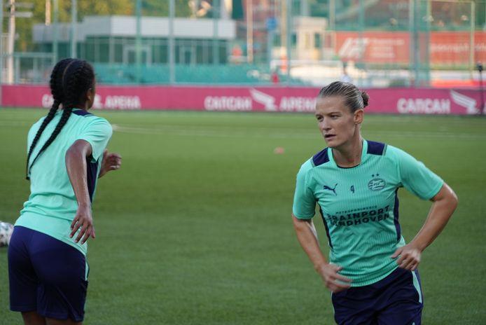 Mandy van den Berg tijdens de training in Moskou.