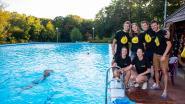 """Twaalf uur baantjes zwemmen levert 8.000 euro op: """"Ongelooflijk succes, maar we gaan dit nog wel even voelen"""""""