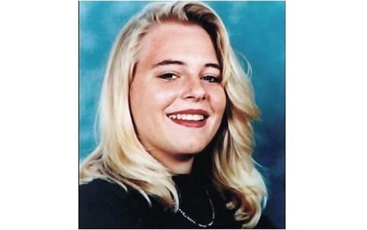 Een pasfoto van Milica van Doorn, die in juni 1992 dood werd aangetroffen in een vijver in de wijk Kogerveld in Zaandam.
