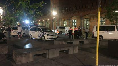 Politie schiet gewapende man neer aan station Aalst