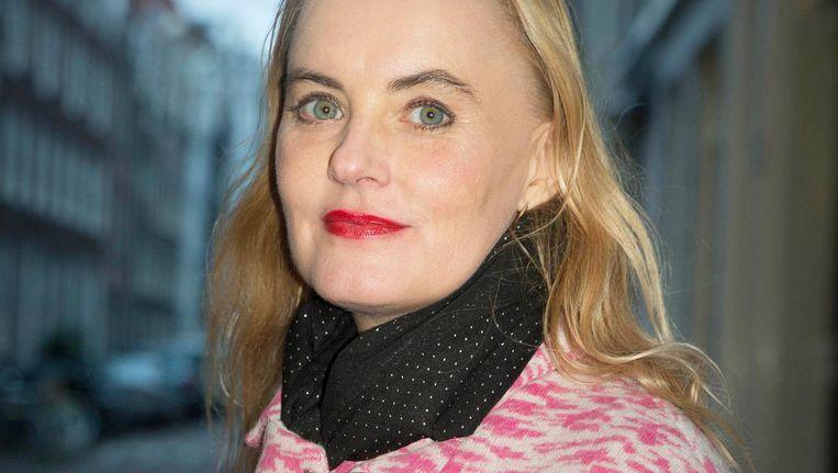 Martha van der Bly voor Kerkstraat 225, waar Eva Schloss en haar familie werden verraden Beeld Charlotte Odijk