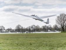 Hoe corona en 'Wie is de Mol?' voor een flinke wachtlijst bij zweefvliegclub Nistelrode zorgen