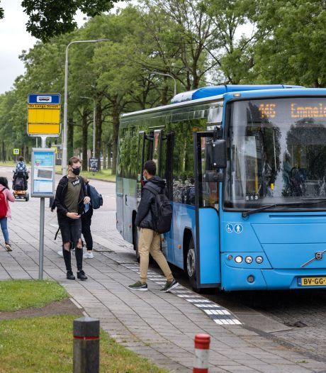 Petities gestart tegen verdwijnen van bussen in de polder: buurtbus als mogelijk alternatief voor stadsdienst in Kampen en Dronten