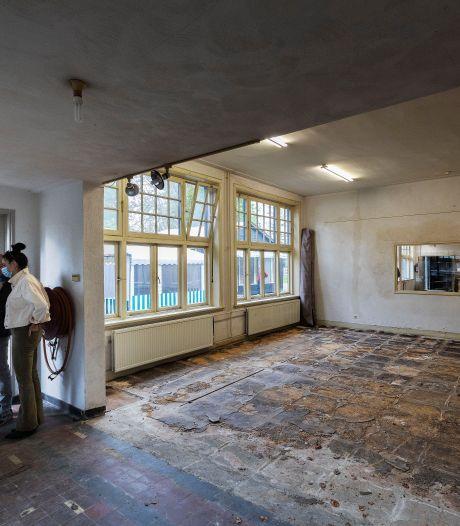 Kijkdag oude jongensschool in Westerhoven maakt veel los, 'de urinoirs zitten er nog in'