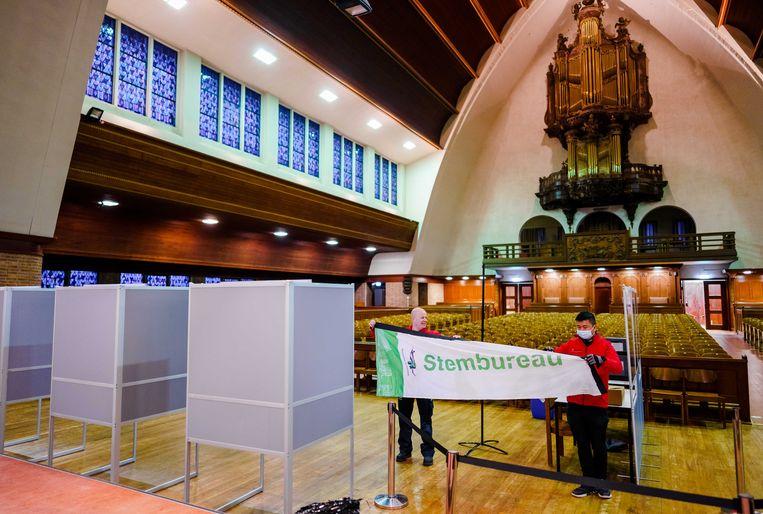 De Prinsekerk in Rotterdam wordt omgebouwd tot stembureau. Beeld ANP
