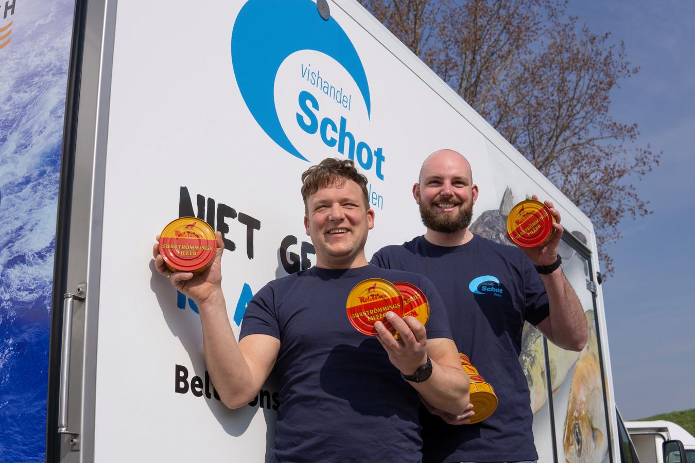 Sander Deurloo (rechts) en Wim Bal van vishandel Schot.