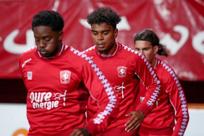 Godfried Roemeratoe speelde tegen De Graafschap alleen de eerste helft mee met Twente.