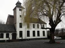 Van fraude verdachte oud-ambtenaar Helmond zet kasteel te koop
