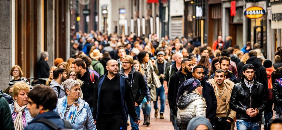 Zit er een grens aan het aantal mensen dat Nederland aankan?