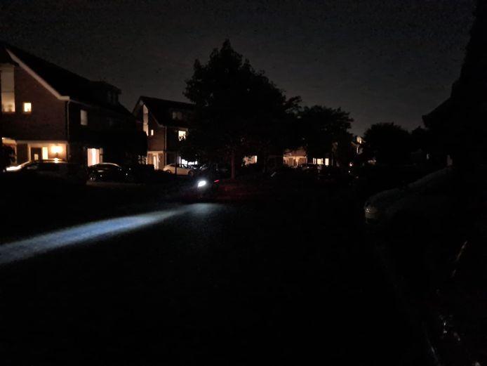 Donker op straat in Oss.