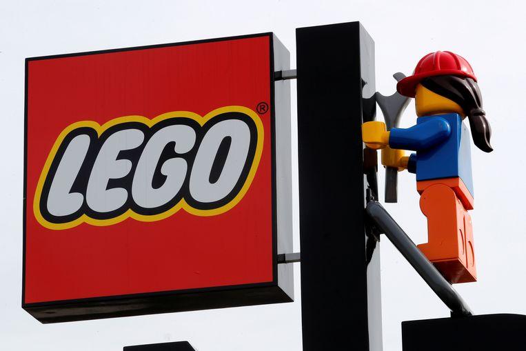 Het Legologo bij het begin dit jaar geopende Legoresort bij New York.  Beeld REUTERS