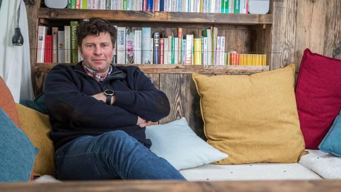 """Wim Lybaert blikt terug op stevige avond met Filip Peeters in 'De Columbus': """"Zonder overdrijven twintig flessen wijn gedronken"""""""