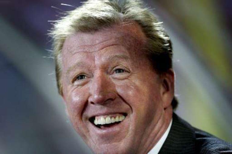 Steven McClaren en heel Nederland lacht: alle vijf clubs geplaatst. Beeld UNKNOWN
