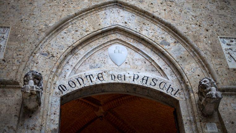 De hoofdzetel van de Banca Monte dei Pschi di Siena. Beeld EPA