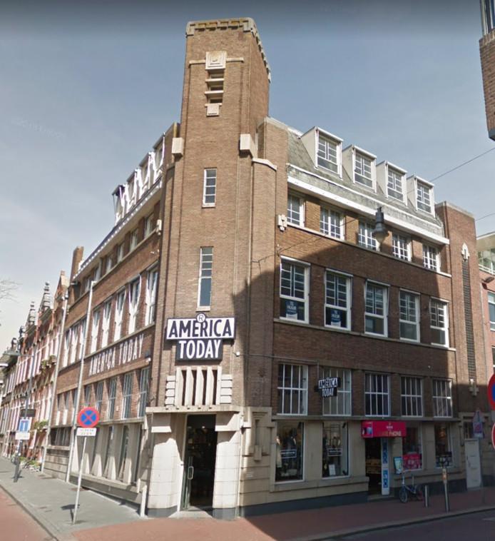 Het kantoorpand boven America Today aan de Visstraat wordt verbouwd tot 11 appartementen.