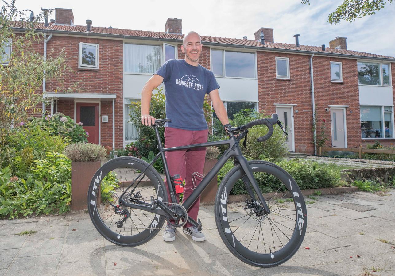 Ron Korstanje is speciaal uit Amerika gekomen om de Kees Korstanje Toertocht te rijden. Kees was zijn vader.