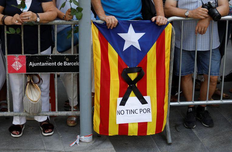 De Estelada, de vlag van de Catalaanse onafhankelijkheidsbeweging. Beeld reuters