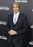 Regisseur Michael Bay bij de première van zijn film 'Pain & Gain'