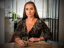 Ex-stewardess strijdt tegen giftige lucht in cabine: 'Ik ben een wrak'
