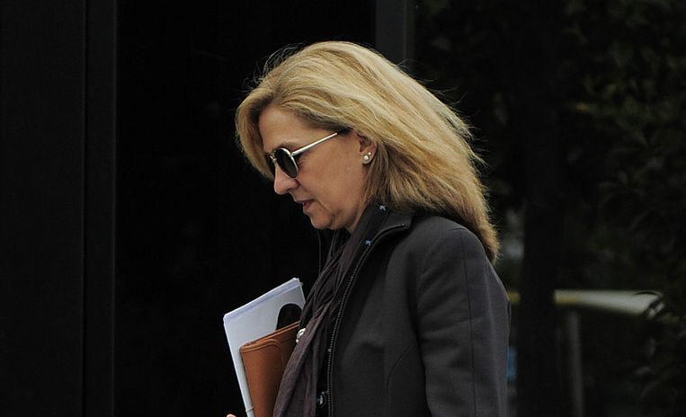 De Spaanse prinses Cristina, zus van koning Felipe, wordt vervolgd wegens corruptie. Beeld ap