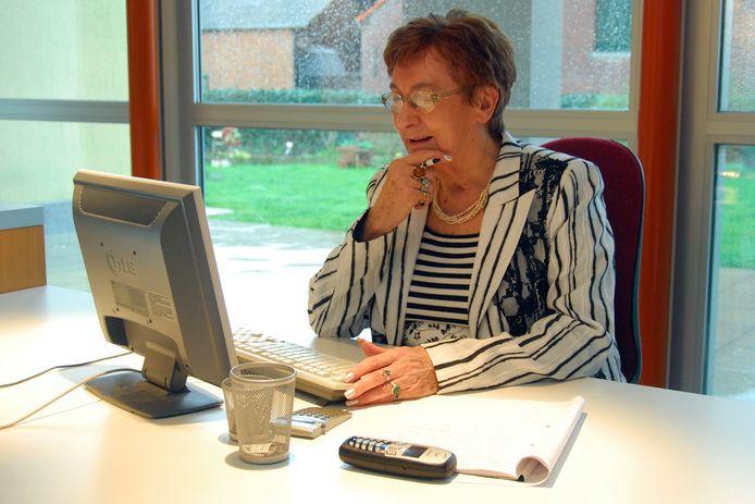 Greet Leemans in haar kantoor, een aantal jaren geleden.