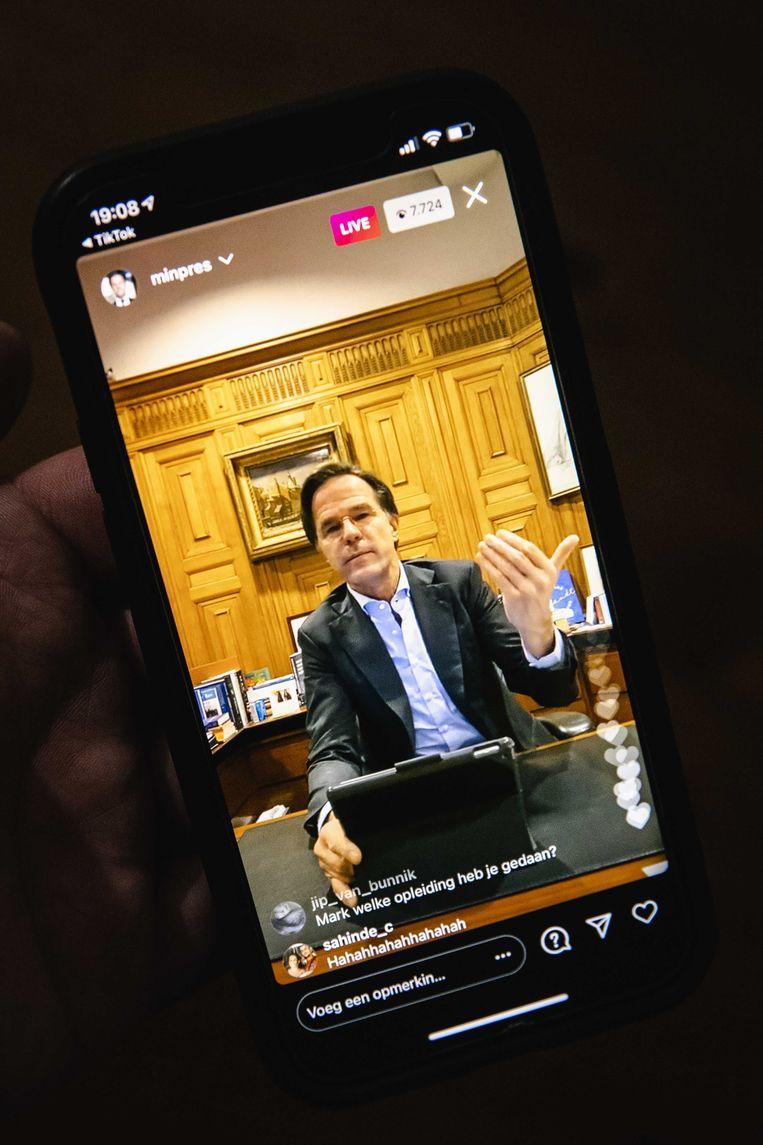 Mark Rutte ging woensdag via Instagram in gesprek met jongeren. Beeld ANP