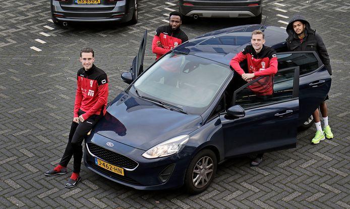 De carpool-spelers van TOP Oss v.l.n.r. Dennis van der Heijden, Lorenzo Piqué, Rick Stuy van den Herik en Trevor David.