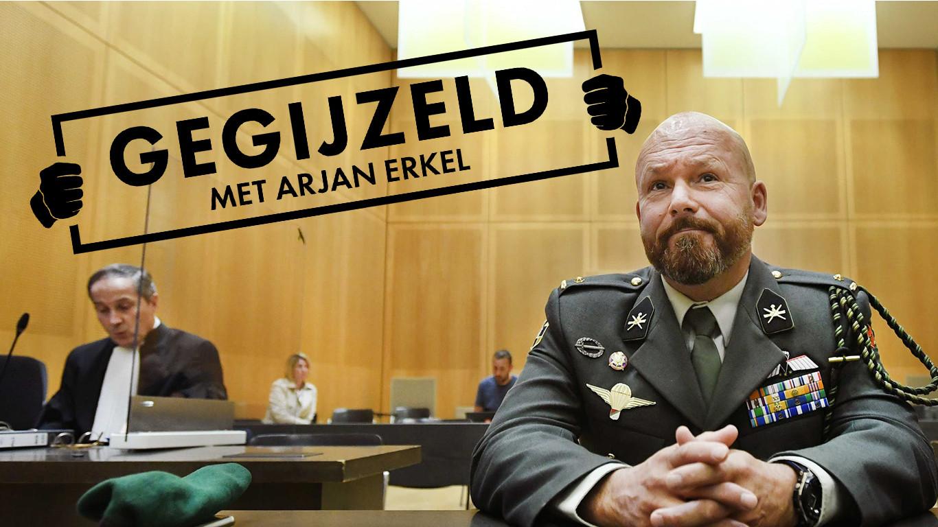 Marco Kroon (rechts) in de rechtszaal. Links zijn advocaat Geert-Jan Knoops.