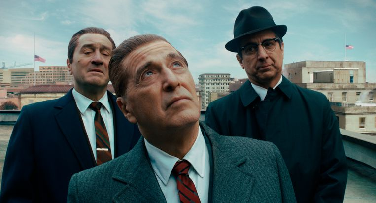 Robert De Niro, Al Pacino en Ray Romano in 'The Irishman'. Beeld AP