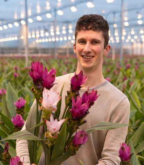 Dean (23) helpt zijn vader met de verkoop van bloemen: 'Direct van de bron, wie wil dat nou niet?'
