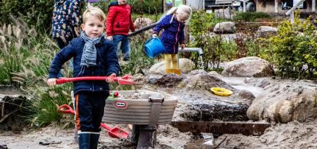Deze ouders kiezen voor vakantiegevoel op de Holterberg: 'Je moet toch wat'