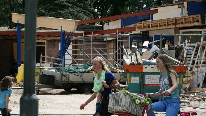 Er is dringend regelgeving nodig voor renovatie van oude schoolgebouwen.
