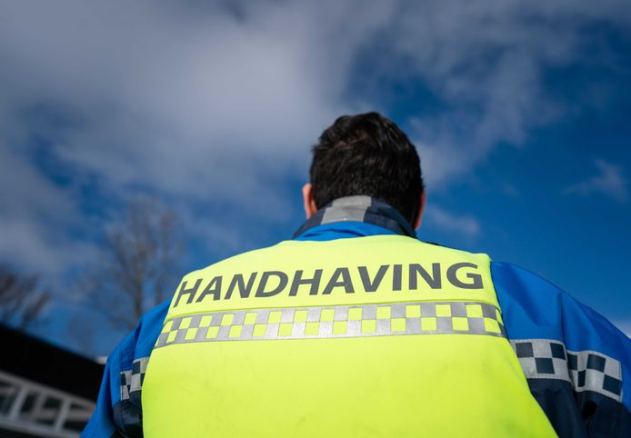Twenterand stuurt komend weekeinde geen handhavers op pad om te bekeuren bij sportclubs en horeca.