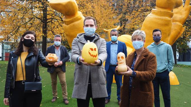 """Gemeenteraadsleden doen gezamenlijke oproep: """"Laten we heel Mechelen warme pompoengloed geven"""""""