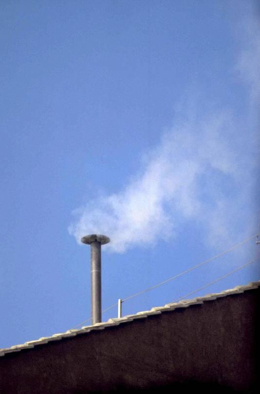 La fumée blanche annonce l'élection d'un nouveau pape