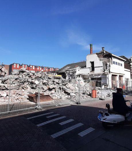 Felle kritiek op bezuinigingen woningbouwplan Kromhout: 'Er wordt te veel met de botte bijl gehakt'