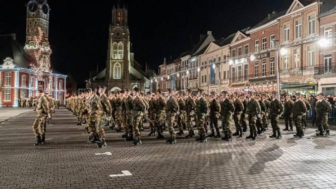 Militair défilé op Grote Markt zorgt voor gewijzigde verkeersregeling
