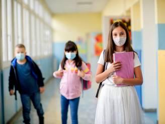 OVERZICHT. Leerlingen van vijfde en zesde leerjaar moeten mondmasker dragen, coronatest enkel nog voor kinderen met symptomen