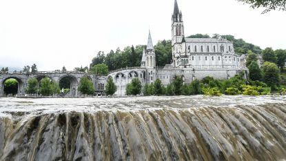 Bedevaartplaats Lourdes getroffen door overstromingen