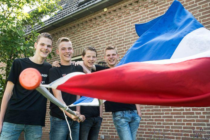 De broers Duncan, Roy, Quinten en David Voeten zijn geslaagd.