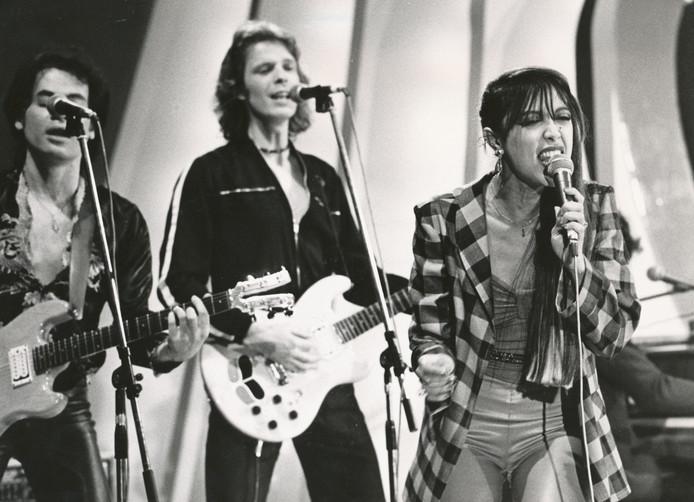 Sandra Reemer met band, hier in de jaren 70