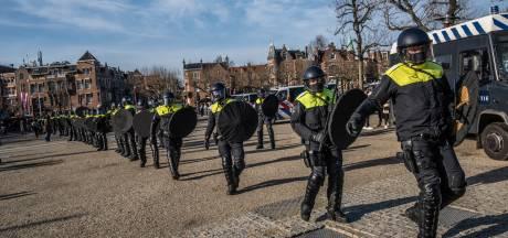 LIVE | Demonstranten weigeren te vertrekken, ME ontruimt Museumplein Amsterdam