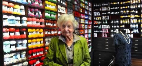 Annie Mes (96): Stoppen met werken lijkt me vreselijk
