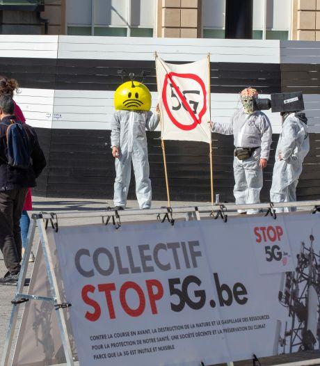 Environ 70 personnes manifestent à Bruxelles contre le déploiement du réseau 5G