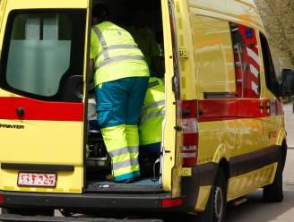 Twee vrachtwagens en auto betrokken bij ongeval
